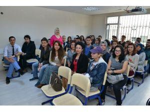 Konyaaltı Belediyesi'nden Öğrencilere Motivasyon