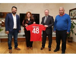 Türkiye Hokey Federasyonu'ndan Bodrum Belediyesi'ne Ziyaret