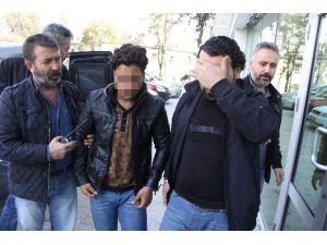 Samsun'da 4 Iraklı Gasp Suçundan Gözaltına Alındı