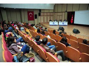 """YYÜ'de """"Bir Dava Adamı Mehmet Akif"""" Paneli"""
