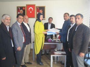 10 Binin Üzerinde İmza AK Parti İl Başkanlığına Teslim Edildi