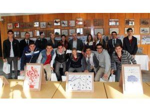 Meslek Lisesi Öğrencilerinden 'Zanaattan Sanata' Sergisi