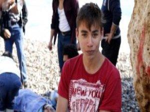 Antalya'da Liseli Genç, Üniversite Öğrencisini Kurtardı