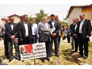 """Turan, """"Mehmet Akif'in Hemşehrimiz Olması Bizim İçin Gururdur"""""""