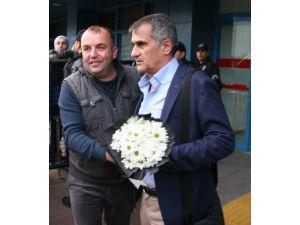 Beşiktaş, Trabzon'a geldi