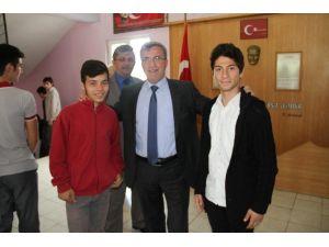 Akyazı Belediyesi YGS'ye Girecekleri Ücretsiz Taşıyacak