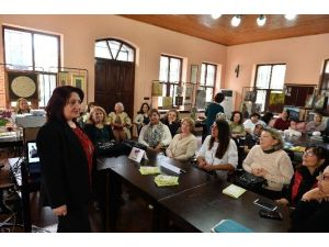 Muratpaşa'da Komşuevi Eğitimi