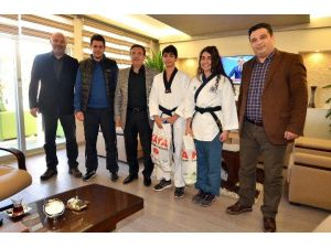 Pursaklar Turkish Open'da Altın Madalya Kazandı