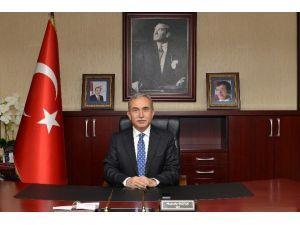 """Vali Büyük: """"İstiklal Marşımız, Milletimizin Yazdığı Kahramanlık Destanıdır"""""""