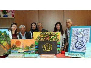 Yaşlıların Ergoterapi Dersinden Sanat Eserleri Çıktı