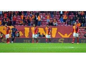Galatasaray, Fenerbahçe Derbisi Öncesi Moral Bulmak İstiyor