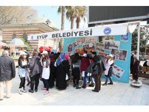 Simurg Öğrencilerinden Turistlere Ebru Dersi
