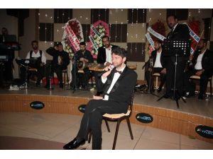 Orkestraya Kızan Hakan Taşıyan, Konseri Terk Etti
