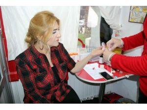 AK Gençler'den Kan Ve Kök Hücre Bağışı