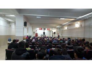 Müftü Karabayır Öğrencilere Konferans Verdi