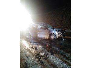 Gölpazarı'nda Otomobil Takla Attı, 2 Kişi Yaralandı