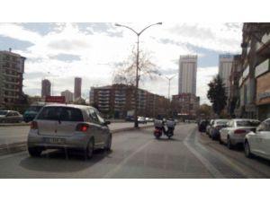 Trafikte Kuryelerin Ölüm Oyunu