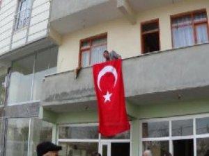 Ankara'daki Bombalı Saldırıda Şehit Ateşi Iğdır'a Düştü