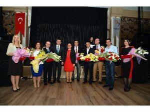 Sağlık Emekçileri Tıp Bayramı'nı Beylikdüzü'nde Kutladı