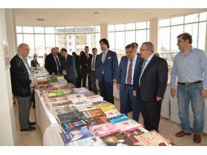 Bilecik Belediyesi Kitap Fuarı 27 Mart Tarihine Kadar Açık