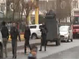 Diyarbakır'da çatışma: 1'i ölü 2 PKK'lı ele geçti, 1 polis yaralı