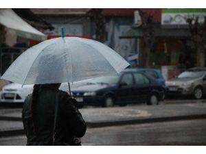 Tokat'ta Karla Karışık Yağmur Yağışı