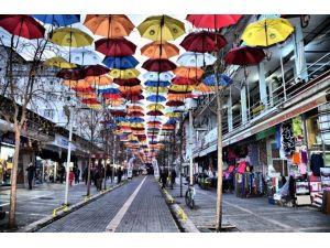 Aksaray'da Şemsiyeli Sokak Çalışması Başlıyor