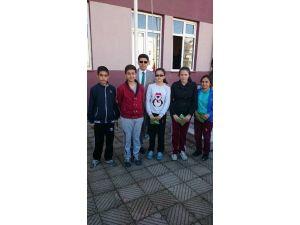 Lapseki'de Başarılı Öğrenciler Ödüllendirildi