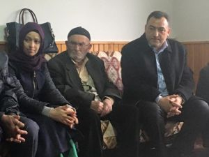 Şükrü Nazlı, Terör Saldırısında Hayatını Kaybeden Gencin Ailesine Taziye Ziyaretinde Bulundu