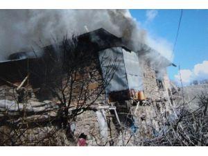 Beyşehir'de Korkutan Ev Yangını