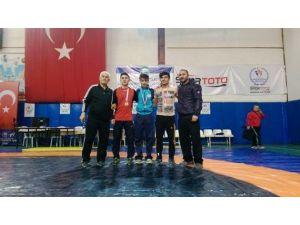 Güreşte Bartın'a 3 Madalya