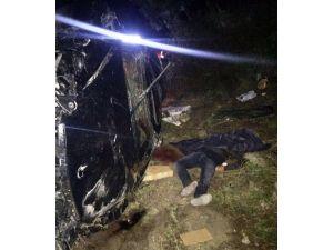 Şarampole Yuvarlanan Otomobilde Hayatını Kaybetti