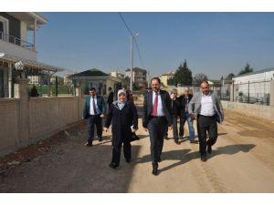 Başiskele'ye Modern Yollar Kazandırılmaya Devam Ediliyor