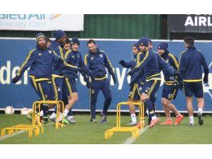 Fenerbahçe'de Braga Maçı Öncesi Gökhan Gönül Sevinci