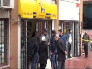 Beyoğlu PTT Şubesinde Soygun Anı Güvenlik Kameralarına Yansıdı