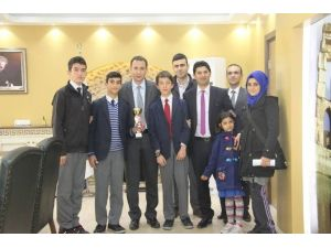 Namık Kemal Ortaokulu'ndan Belediye Başkanı Açıkel'e Teşekkür Ziyareti