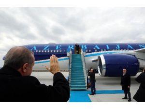 Cumhurbaşkanı Erdoğan'dan Aliyev'in Jestine Jestle Karşılık