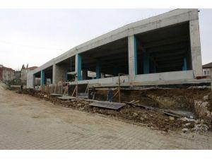 Serdivan'da 'Her Mahalleye Yeni Park' Projesi Devam Ediyor