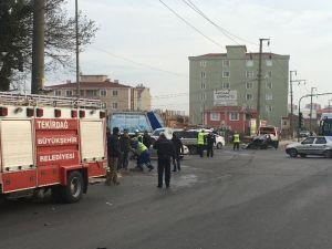 Polisten Kaçarken Kaza Yaptı: 2 Yaralı