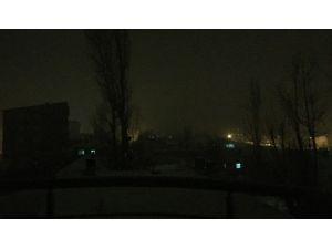 Yüksekova'da Gece Yarısı Barikat Operasyonu