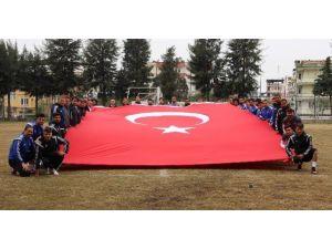 Aydınspor 1923'ten Teröre Bayraklı Protesto