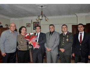 Kaymakam Özarslan'dan Şehit Ailelerine Ziyaret