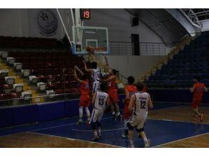 Genç Erkekler Basketbol Bölge Şampiyonası Mersin'de Yapılıyor