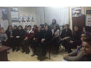 AK Parti, Çal İlçesinde Kadınlarla Buluştu