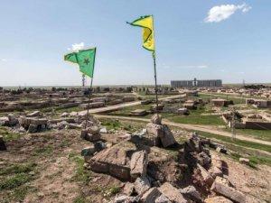 Suriyeli Kürtler, 'Kuzey Suriye Federasyonu'nu Kuruyor