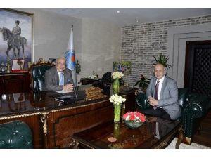 Mersin Büyükşehir Belediyesi İle Mersin Üniversite İşbirliğine Gidiyor