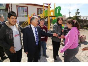 Başkanı Memduh Büyükkılıç Zihinsel Yetersiz Çocukları Yetiştirme Ve Koruma Vakfını Ziyaret Etti