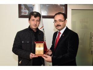 Uşak Belediye Başkan Yardımcısı Ergün Kırdinli Görevinden Ayrıldı