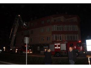 Apartman Sakinlerinin Yangın Korkusu Bitmiyor