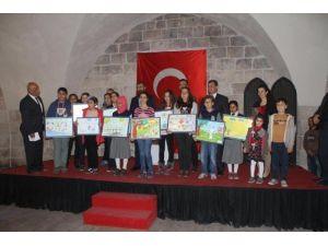 """Payas'ta """"Çocukların Gözünden Arı"""" Temalı Resim Yarışması"""